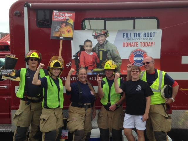 Firefighters Fill the Boot for MDA